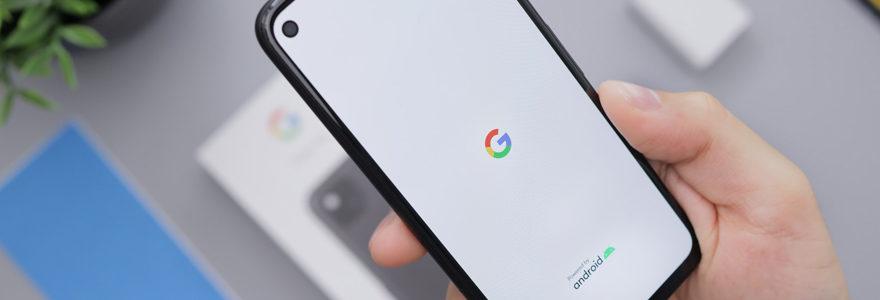 photo d'un portable ouvert sur chrome